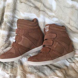 SKCH +3 Wedge Sneakers